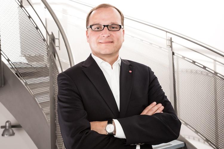 Dr-Klein-Stephan-Gawarecki in Hypoport-Gruppe beteiligt sich an AMEXPool AG