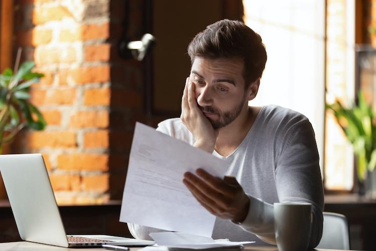 Shutterstock 1395298508 in Wie Vermittler Kündigungen in der Krise vermeiden können