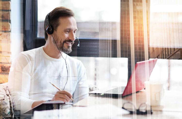Shutterstock 751020670 in Going Public rät zu digitaler Weiterbildung