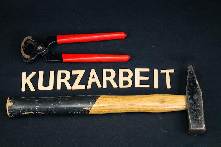Shutterstock 1678545208 in Swiss Life mit Neuerungen in den BU-Tarifen