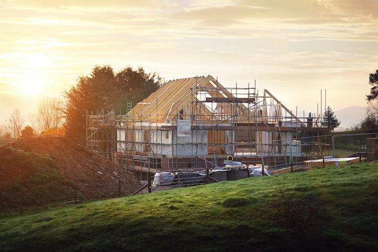 Shutterstock 551422369 in Mehrwertsteuer: Bauherren können viel Geld sparen