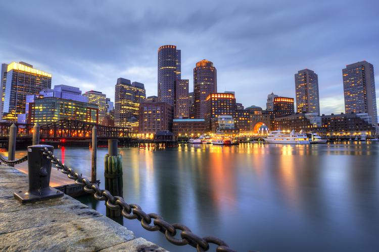 Shutterstock 738777736 in BVT schließt institutionellen US-Fonds und investiert erneut in Boston