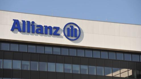 Ausschnitt des Allianz Firmengebäudes mit Logo