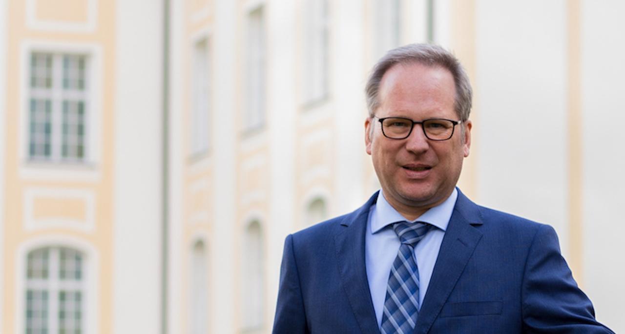 Markus-Merkel Leiter-Mandate-und-Kooperationspartner in Investieren in Substanzwerte ist Gebot der Stunde