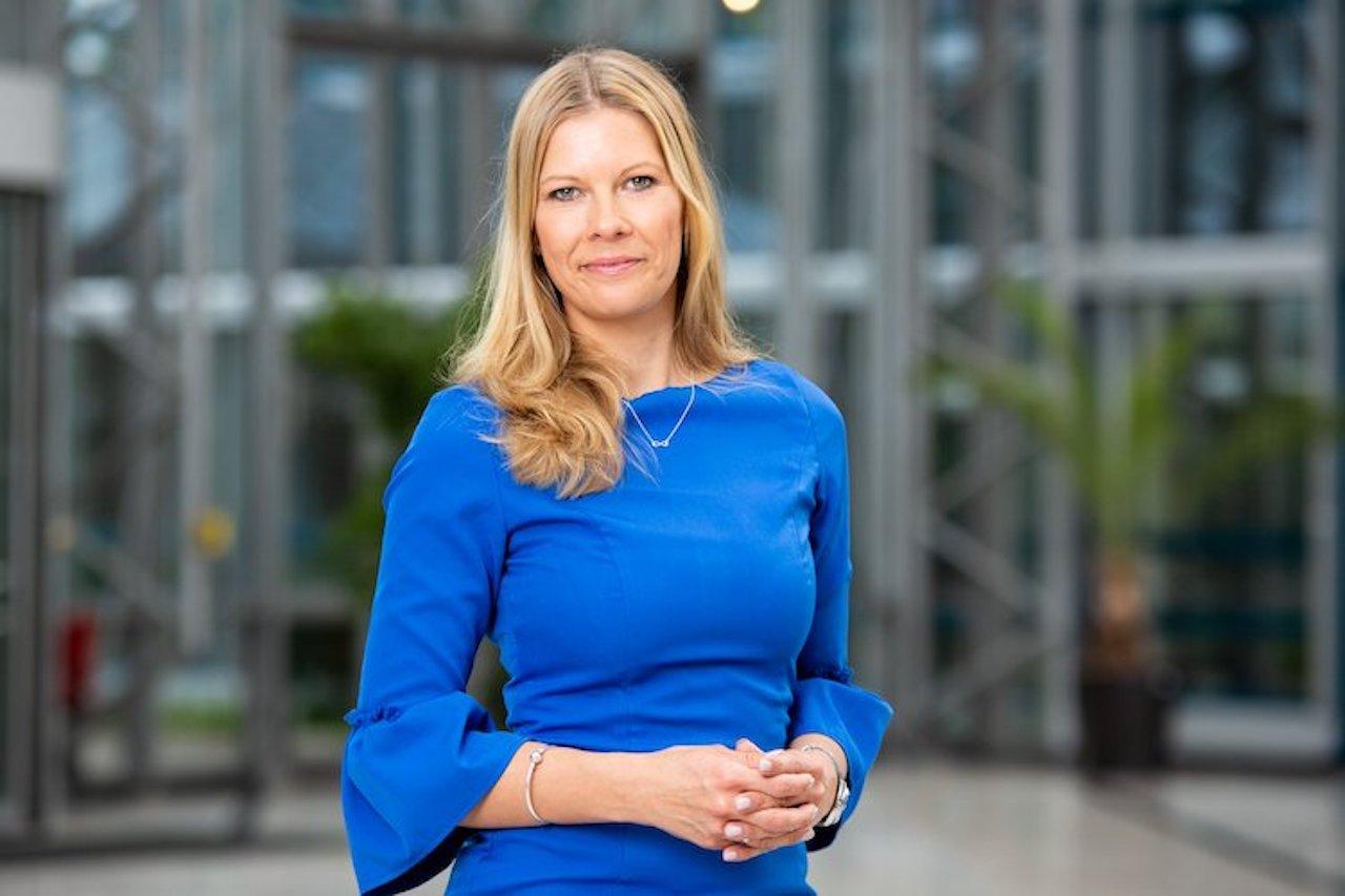 Pressebild GL Christine Schoenteich in Fondfinanz bringt Einheitsantrag für BU und EU
