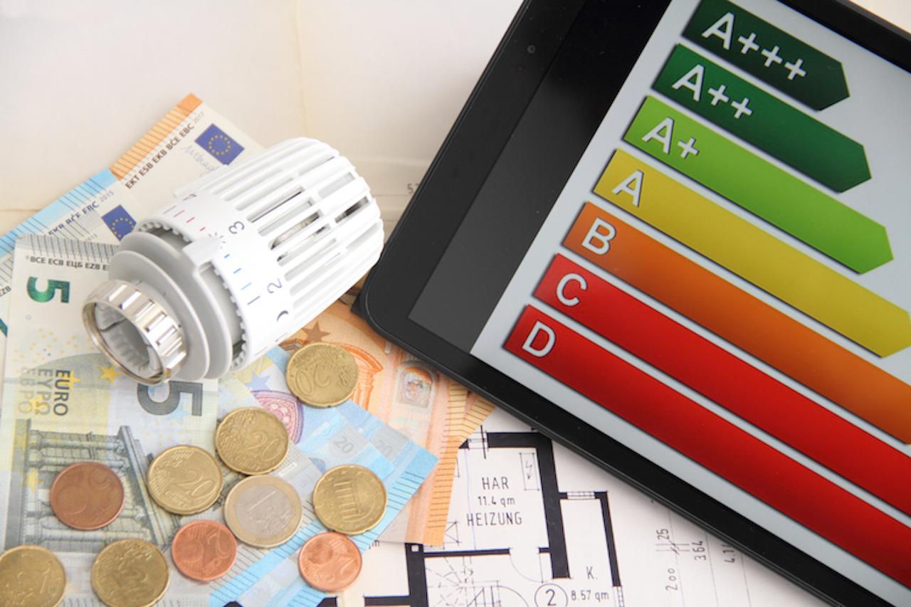 Shutterstock 1265059840 in Handwerksarbeiten steuerlich absetzen: Neue Förderung macht´s möglich
