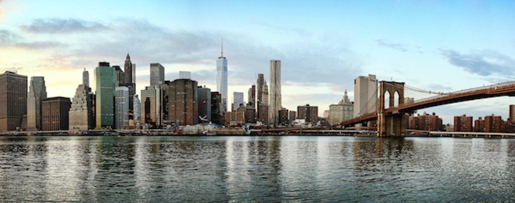 Blick auf New York über den East River