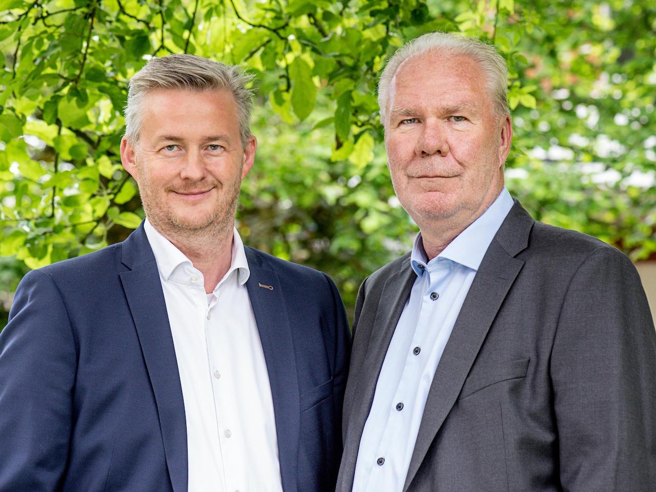 Tjark Goldenstein,  Geschäftsführender  Gesellschafter und  Gründer der ÖKORENTA (rechts); Jörg Busboom,  Geschäftsführer der  ÖKORENTA (links)