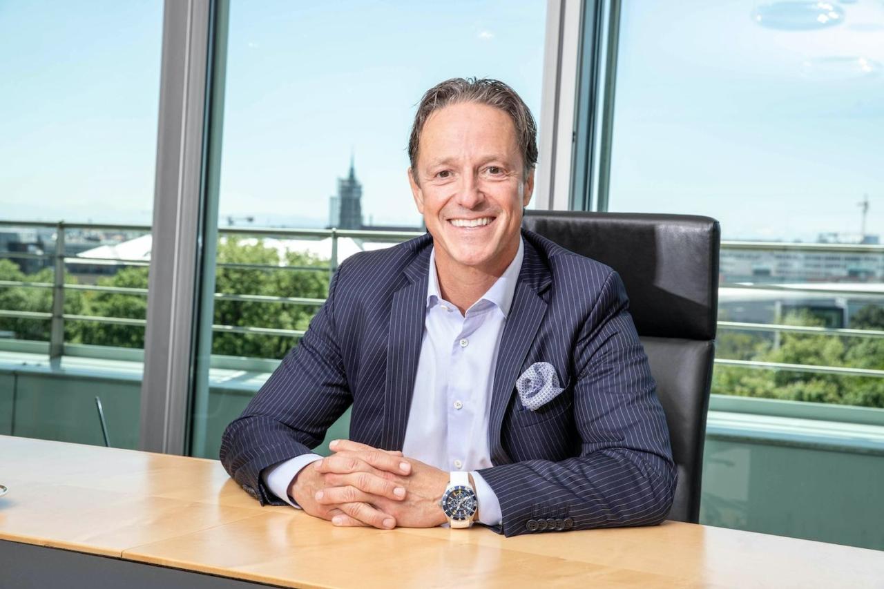 Portraitfoto von Thomas Heß, Marketingchef und Organisationsdirektor WWK Versicherungen