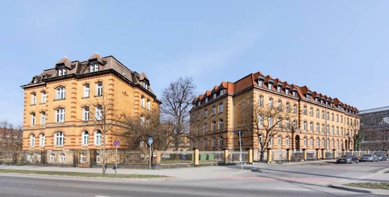 Die beiden Gründerzeit-Gebäude, die KanAm für den Fonds erworben hat