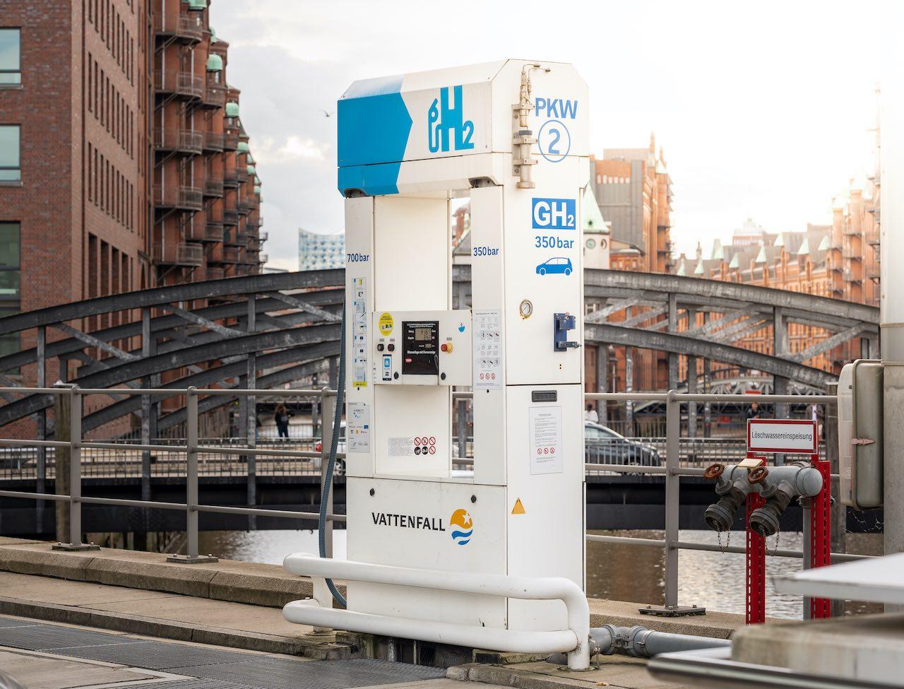 Wasserstofftanksäule in Hamburg
