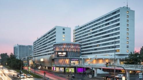 """Foto von dem Gebäudekomplex der """"Hamburger Meile""""."""