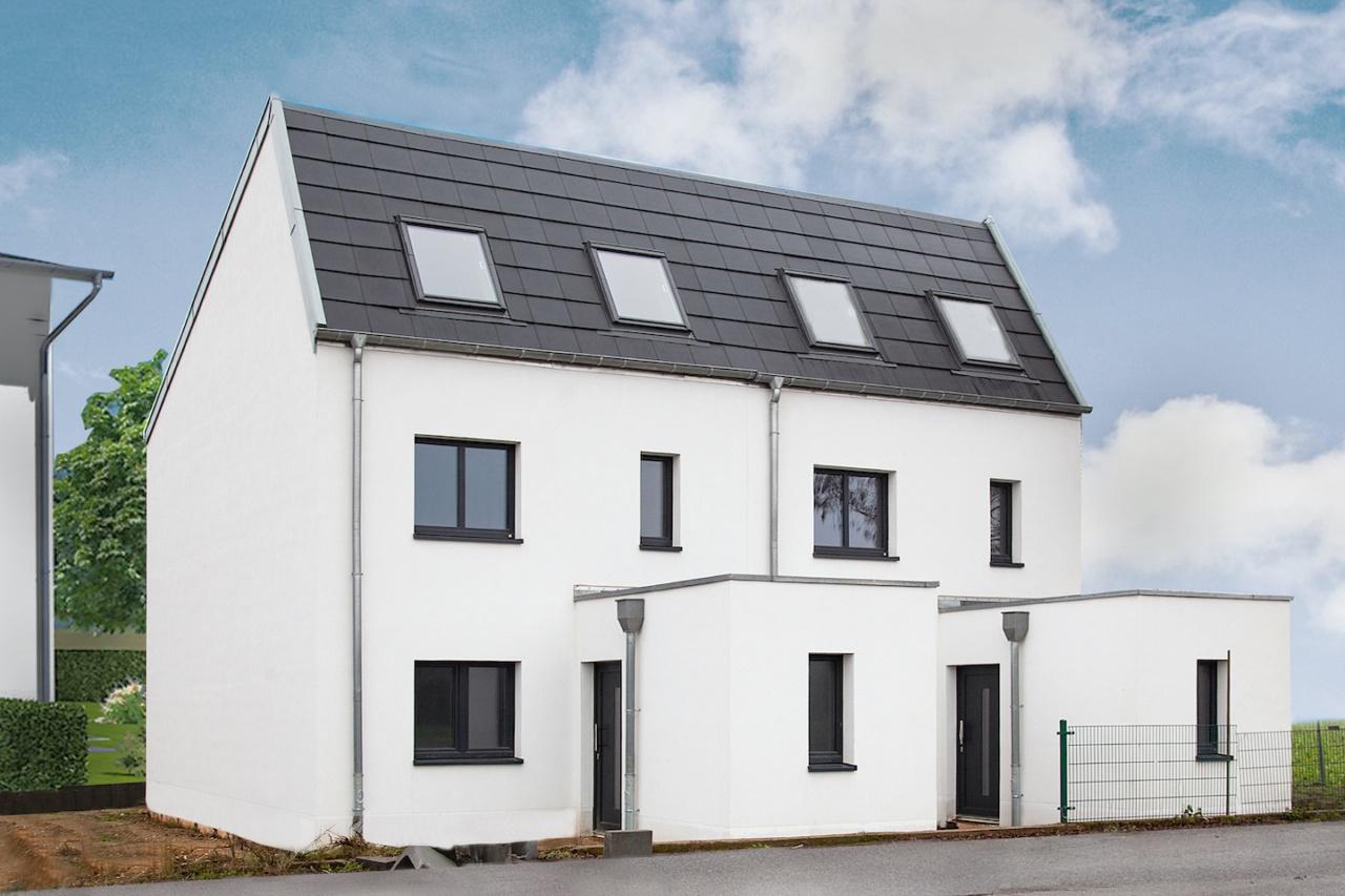 Das Doppelhaus-Projekt von Achtstein Invest unterscheidet sich optisch nicht von anderen Doppel- oder Reihenhäusern