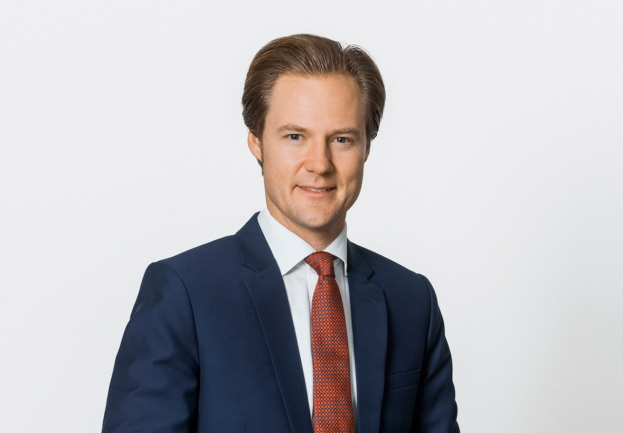 Rauno Gierig, Verifort Capital, schaut in die Kamera