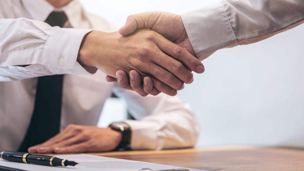 Ein Handschlag reicht für die Makler-Provision nicht mehr aus.