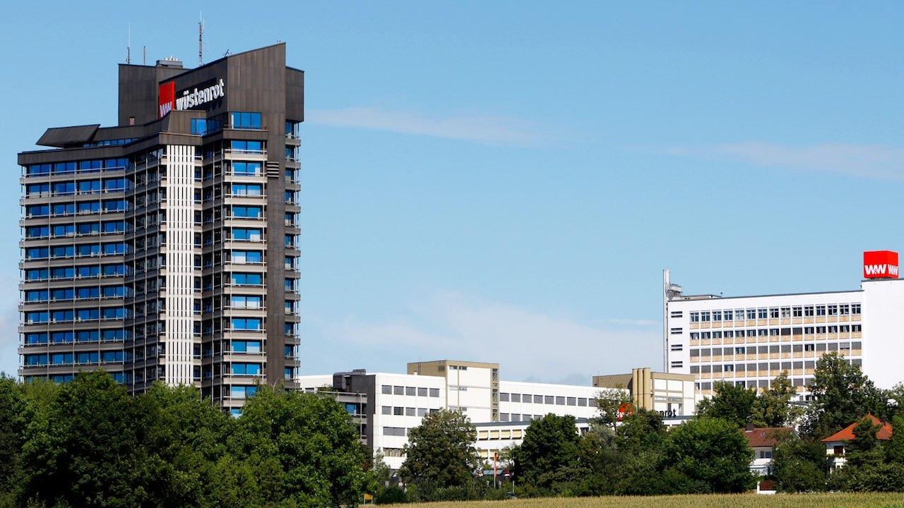 Panorama der Wüstenrot-Gebäude in Ludwigsburg
