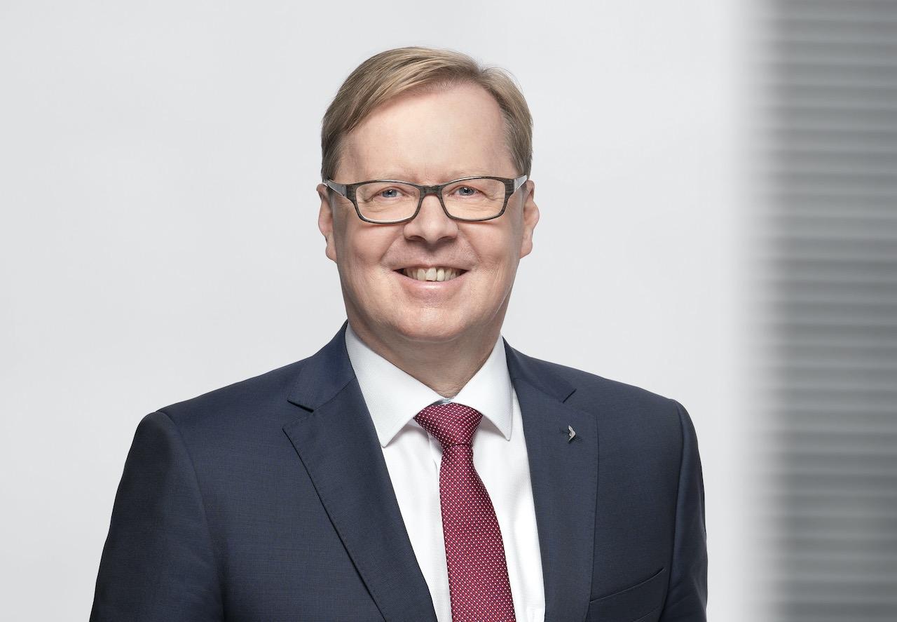 Porträtfot von Project Manager Jürgen Uwira