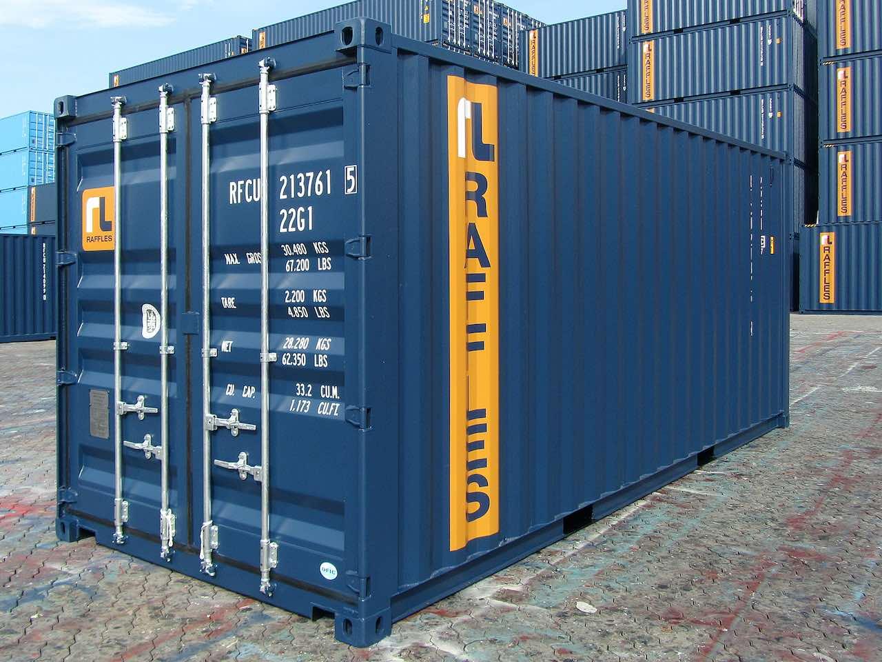 Dunkelblauer Standardcontainer aus dem Repertoire von Buss Capital Invest