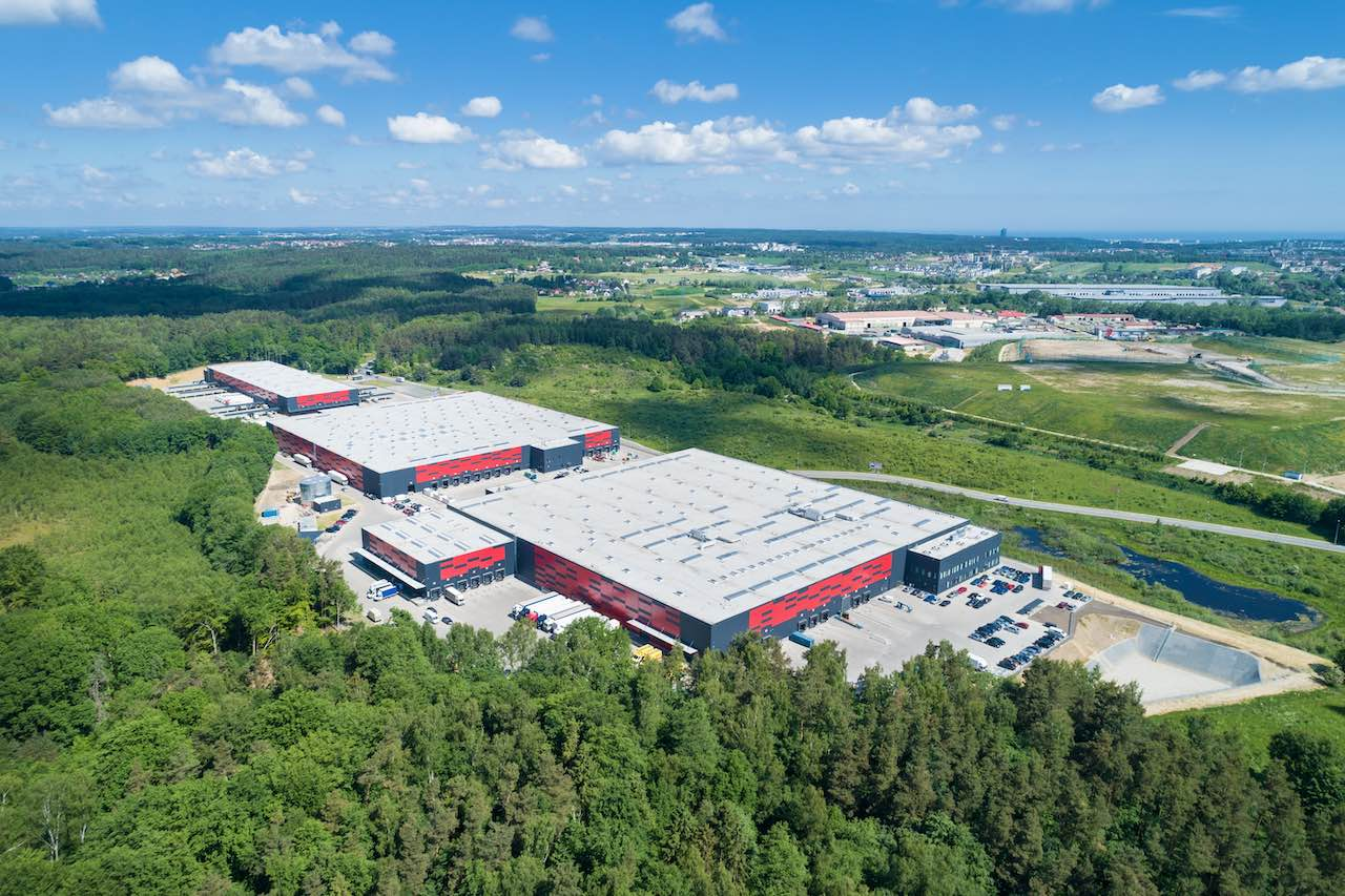 Luftaufnahme des Logistikparks von Generali nahe Danzig