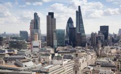 Zwölf Städte vereinen 30 Prozent des Gewerbeimmobilienumsatzes