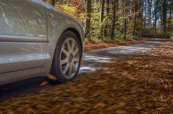 Herbst- und Winterzeit: Qual der Reifenwahl