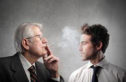 Zigaretten, Pfeife & Co.: Schädlicher Konsum vor allem bei Senioren drastisch gestiegen