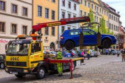 Parkzeit nur drei Stunden überschritten: Auto kostenpflichtig abgeschleppt