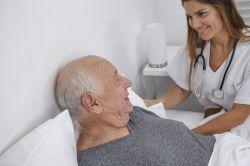 Koalition einigt sich auf Programm für mehr Pflegekräfte