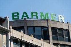 """Real I.S. verlängert Mietvertrag mit BARMER Krankenkasse für die """"TriTowers"""" in Hamburg"""