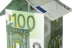 Finanzmarkt-Turbulenzen: Zinsen für Immobilienkredite fallen wieder