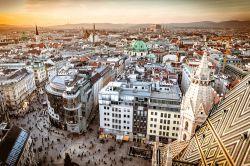 Deutschland oder Österreich – wer wohnt teurer?