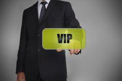 Maklerbetreuung: Universa erweitert VIP-Service