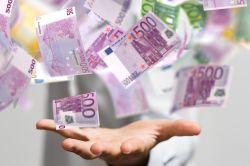 10.000 Euro extra: Die Meisten würden das Geld in persönliche Absicherung investieren