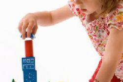 Axa-Kinderschutzpaket mit mehreren Bausteinen