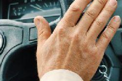 Ineffiziente Vertriebssteuerung – jeder zweite Versicherer plant Restrukturierung