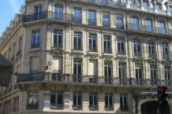 Deka erwirbt Büroobjekt Opéra Gramont in Paris