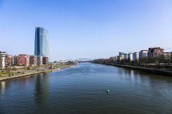 EZB-Chefvolkswirt dämpft Spekulationen auf Zinsanhebung