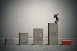 Versicherungsvermittler: DIHK-Registrierungen weiter gesunken