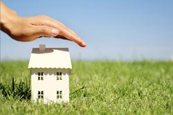 Außenversicherung bei Hausrat – wer zahlt Schäden bei Reisen?