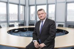 """Gröhe (CDU): Grundrente ist """"finanz- und sozialpolitischen Offenbarungseid"""""""