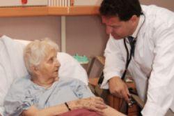 Privater Unfallschutz für Senioren wichtig