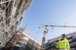 Überschreitung der Bauzeit: Vertragsstrafe sollte vereinbart werden