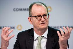 Commerzbank kassiert Gewinnziel für 2019