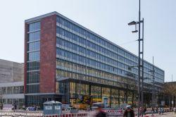 Real I.S. kauft in der Innenstadt von Chemnitz ein