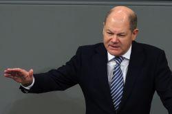 Scholz will Kündigungsschutz für Top-Banker lockern