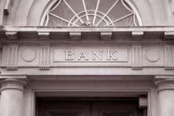 Kunden scheuen Bankwechsel – Hausbanken verlieren Monopol