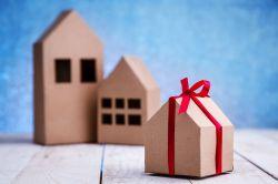 Schenkung: Tipps für die vorzeitige Übertragung von Vermögen