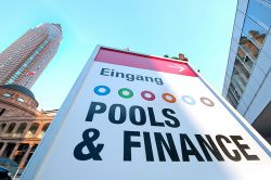 """Pools & Finance 2014"": Branchentreffen in Frankfurt"