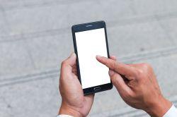 Erste Versicherung für die Benutzung von Smartphones