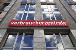 Shit happens: Verbraucherzentrale Bremen meldet Insolvenz an
